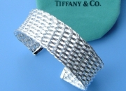 Tiffant and gucci,links of london at factory price(www coboen com)