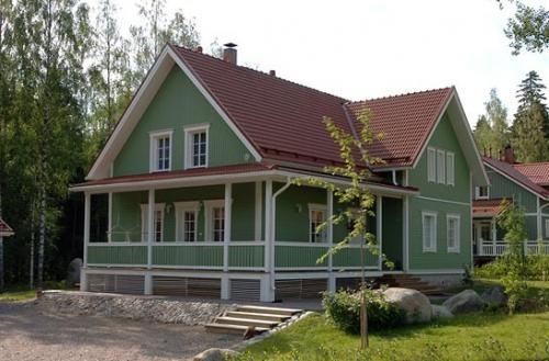Solid log homes worldwide