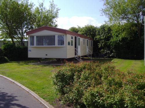 Caravan hire burnham on sea holiday park / april 10th - april 17th.