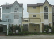 3storey house ridgecrest near sm molino house and lot for sale