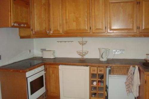 Great location e1 short let house with a garden & parking space