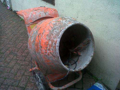 Bell 110 volt cement mixer, with genie or transformer, various price