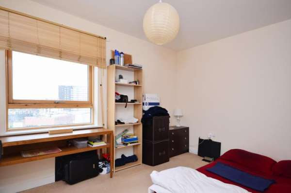 Pictures of Fully furnished double bedroom flat in london city center availabe now with all  2
