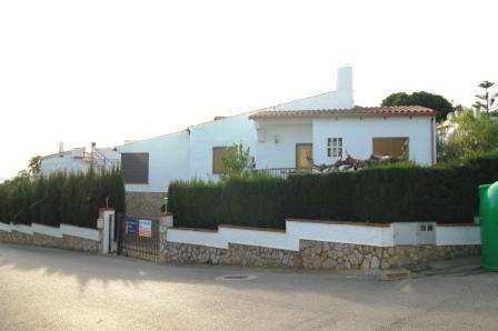 Villa close to beach in costa brava (spain)
