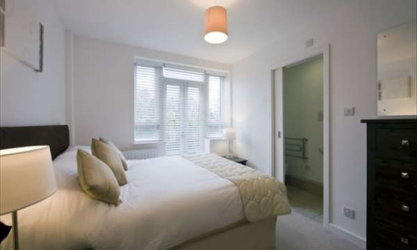 Charming and superb studio, 1, 2 and 3 bedroom flats to rent in ealing, london