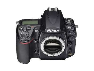 Ikon d700 12.1 mp digital slr camera - body only