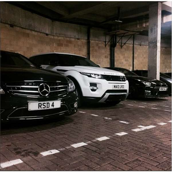 Hire affordable sports cars in uk :- kensington prestige