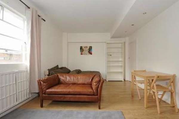 Pictures of One bedroom flat available in london 4