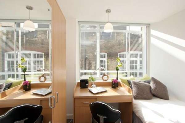 Secured apartment available in london