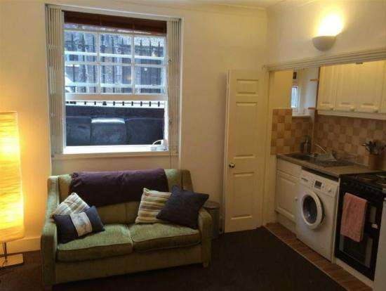 Pictures of Double bedroom flat available in london 2