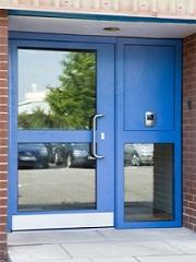Looking for a communal door ?