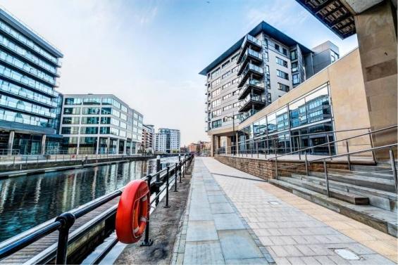 Student housing leeds, park lane properties leeds, property management leeds, flats to ren
