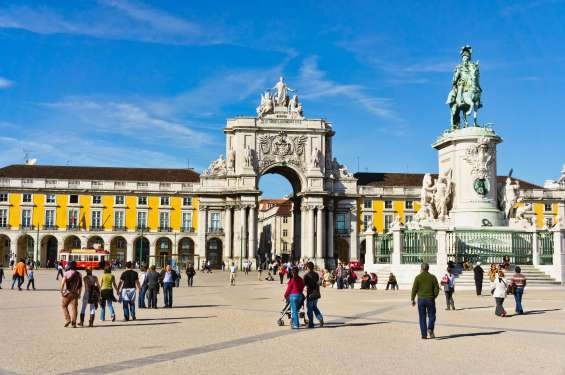 Compare and save money on flight tickets to lisbon
