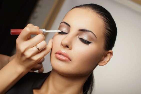 Best makeup artist courses london