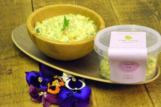 Organic baby food product cauliflower & broccoli pasta bake