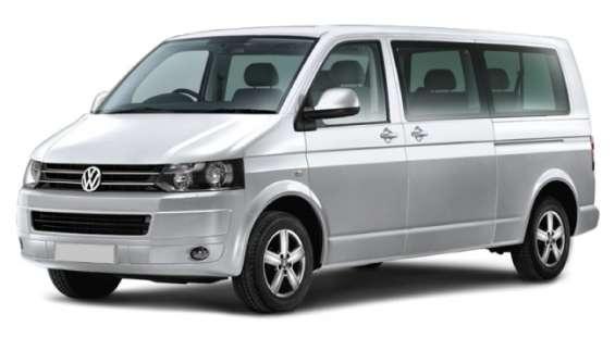 Luton airport minibus hire service