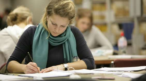 Take help from the most qualified uk-based dissertation writing experts