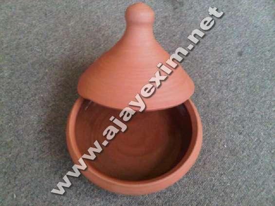 Clay tagine utensils