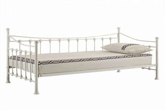 Versailles strong metal frame french day bed (1)