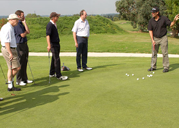 Enroll yourself in the professional golf coaching
