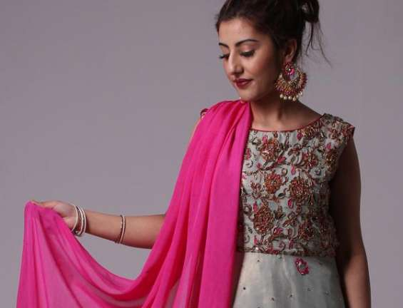 Buy pakistani dresses at reasonable prices