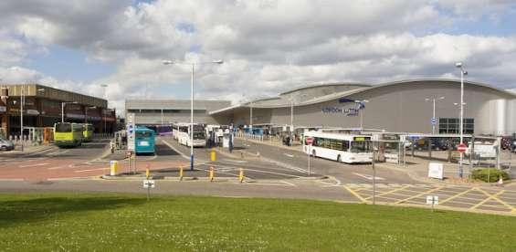 Luton airport transfer to london